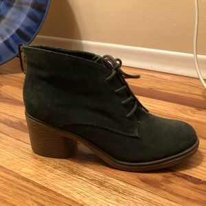 Winter Green Suede Ankle Boots Size 38 from London